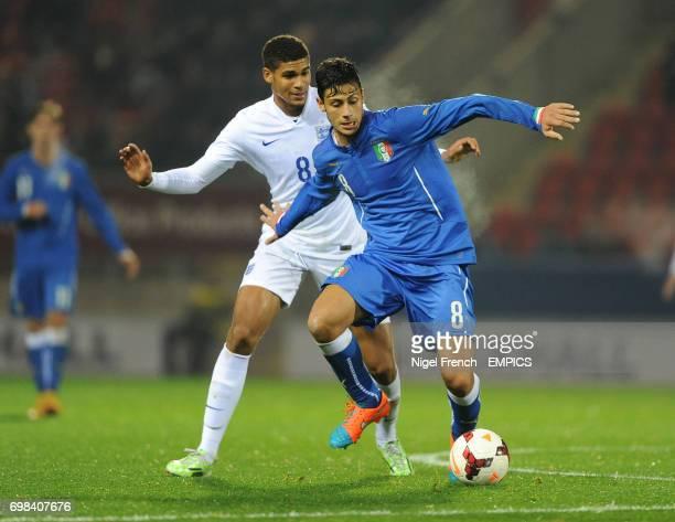 England's Ruben LoftusCheek and Italy's Mandragora Rolando battle for the ball