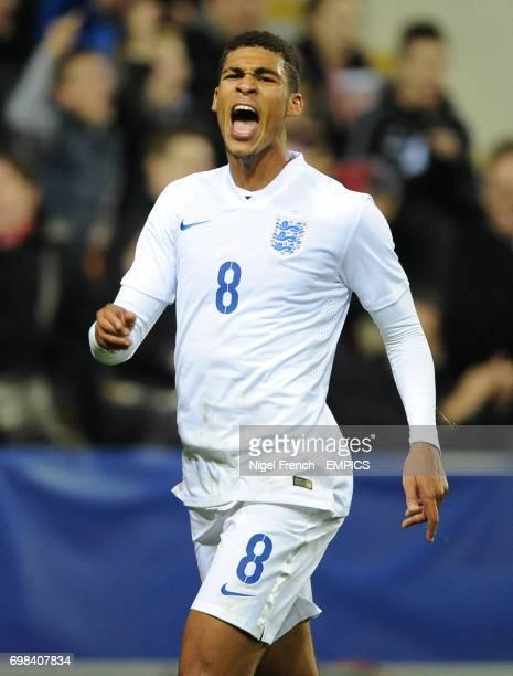 England's Ruben LoftusCheek celebrates after scoring his sides third goal of the game against Italy