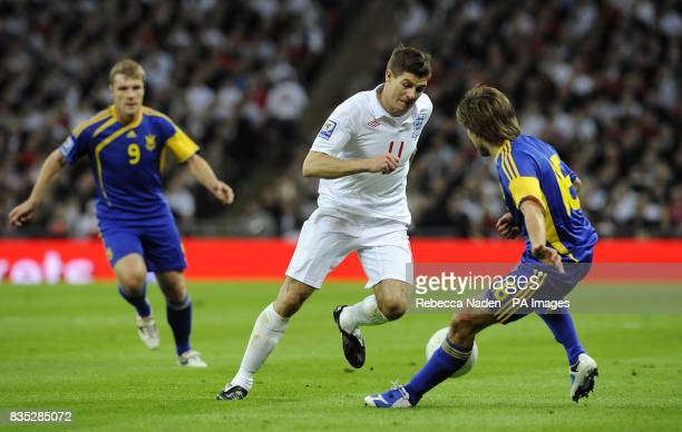 England's Steven Gerrard and Ukraine's Grygory Yarmash battle for the ball