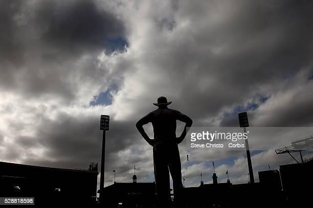 England's Stuart Broad fielding on the boundary against Australia at the Sydney Cricket Ground Sydney Australia Saturday 4th January 2014