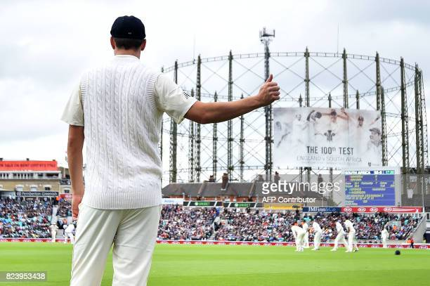 England's Toby RolandJones gets a thumbsup from the crowd whilst fielding on the second day of the third Test match between England and South Africa...