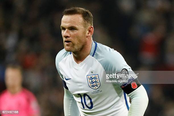 England's Wayne Rooney wears a remembrance poppy armband during a World Cup 2018 Qualifying Group F match between England and Scotland at Wembley...