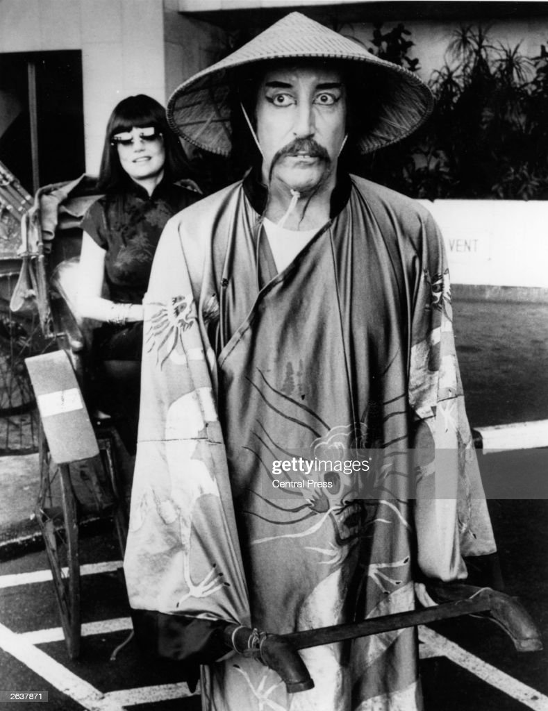 English actor and comedian Peter Sellers (1925 - 1980) in a rickshaw boy disguise used during the filming of the 'Revenge of the Pink Panther'.