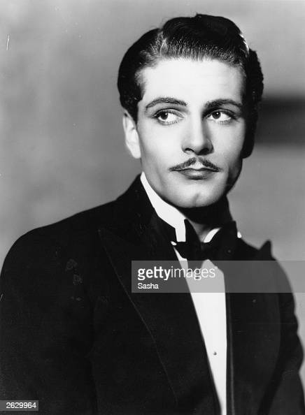 lawrence olivier how tall
