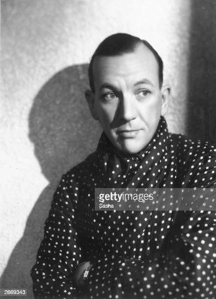 English actor and playwright Noel Coward as he appears in 'Tonight At 830' at the Phoenix Theatre