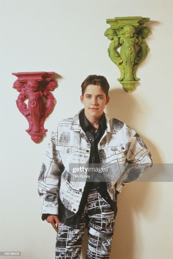 English actor and singer Sean Maguire, circa 1994.