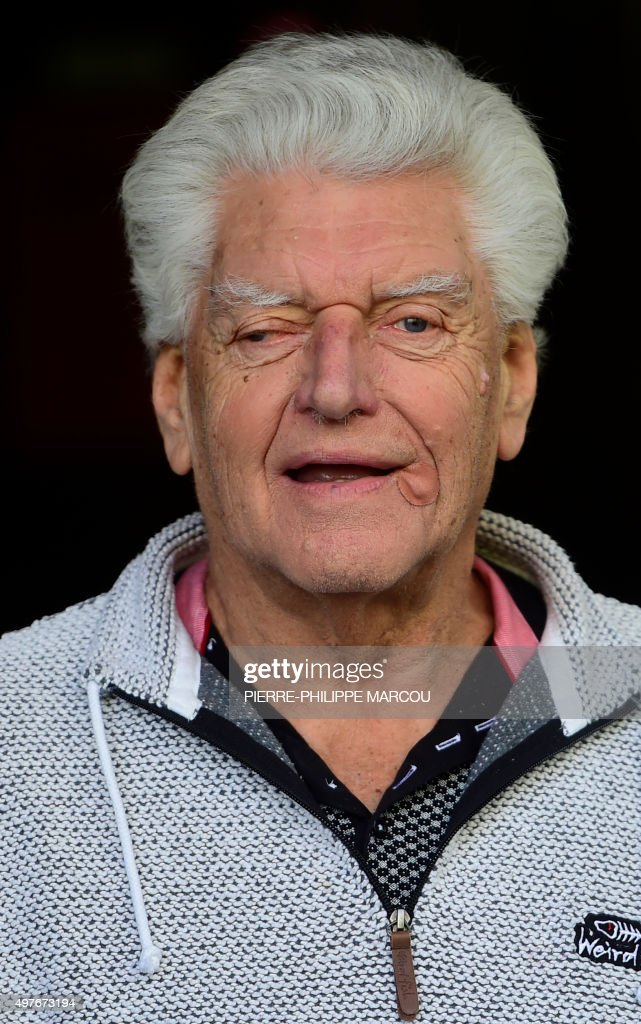 English actor <a gi-track='captionPersonalityLinkClicked' href=/galleries/search?phrase=David+Prowse+-+Attore&family=editorial&specificpeople=15208320 ng-click='$event.stopPropagation()'>David Prowse</a> poses during the photocall for the presentation of Spanish directors Marcos Cabota and Toni Bestard's film 'I Am Your Father' in Madrid on November 18, 2015. <a gi-track='captionPersonalityLinkClicked' href=/galleries/search?phrase=David+Prowse+-+Attore&family=editorial&specificpeople=15208320 ng-click='$event.stopPropagation()'>David Prowse</a> played Darth Vader in the first 'Star Wars' trilogy.