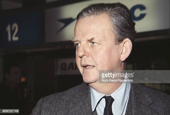 David Tomlinson Stock Photos and Pictures | Getty Images