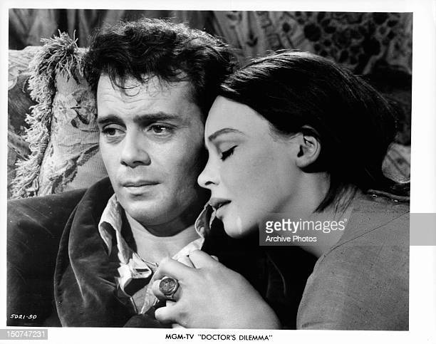English actor Dirk Bogarde and French actress Leslie Caron in a scene from 'The Doctor's Dilemma' directed by Anthony Asquith 1958