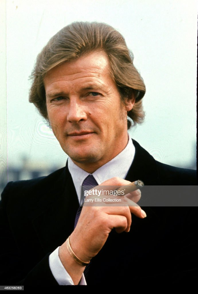 English actor <a gi-track='captionPersonalityLinkClicked' href=/galleries/search?phrase=Roger+Moore+-+Actor&family=editorial&specificpeople=160468 ng-click='$event.stopPropagation()'>Roger Moore</a> stars as Lord Brett Sinclair in the television series 'The Persuaders!', 1971.