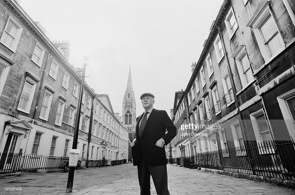 English actor Sir Alec Guinness (1914 - 2000), Bath, Avon, 29th September 1976.