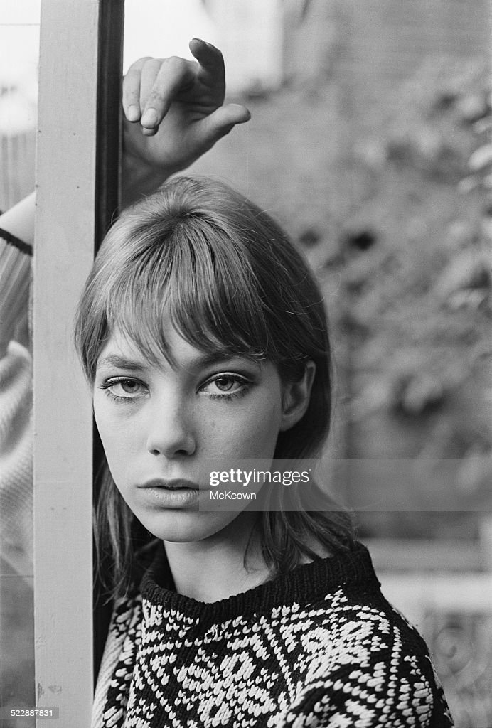 English actress and singer <a gi-track='captionPersonalityLinkClicked' href=/galleries/search?phrase=Jane+Birkin&family=editorial&specificpeople=159385 ng-click='$event.stopPropagation()'>Jane Birkin</a>, 1964.