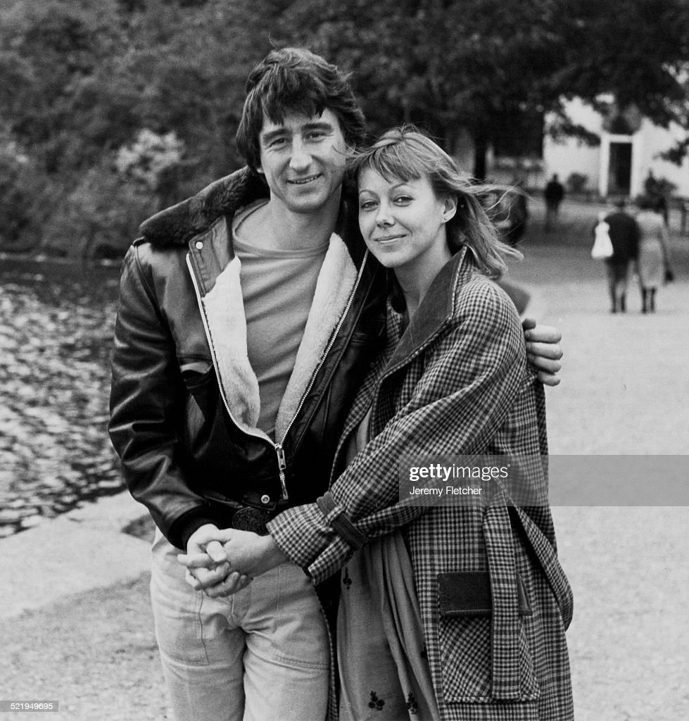 English actress <a gi-track='captionPersonalityLinkClicked' href=/galleries/search?phrase=Jenny+Agutter&family=editorial&specificpeople=240123 ng-click='$event.stopPropagation()'>Jenny Agutter</a> and American actor Sam Waterson, circa 1980. The two co-star in the 1980 film 'Sweet William'.
