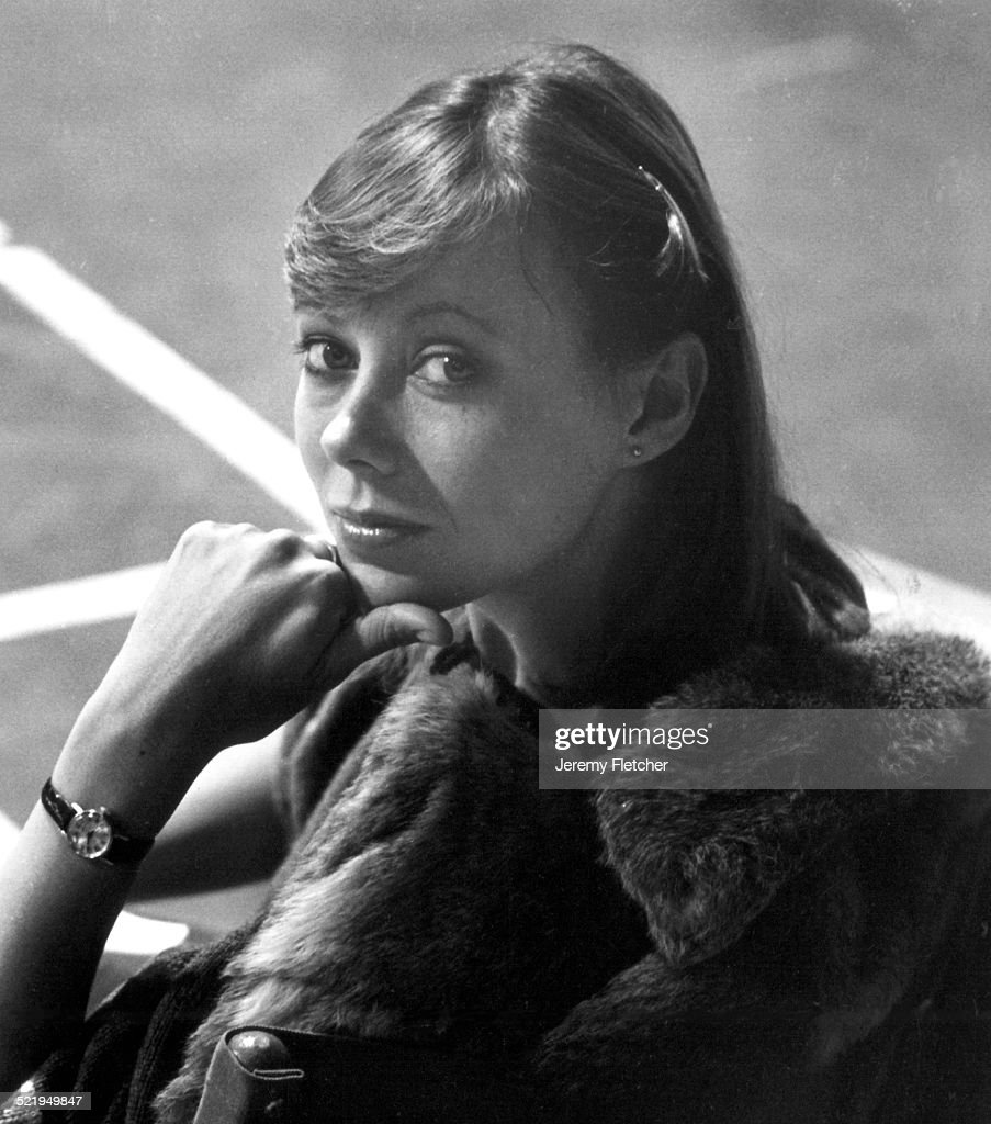 English actress <a gi-track='captionPersonalityLinkClicked' href=/galleries/search?phrase=Jenny+Agutter&family=editorial&specificpeople=240123 ng-click='$event.stopPropagation()'>Jenny Agutter</a>, circa 1975.
