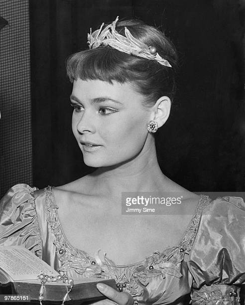 English actress Judi Dench as Ophelia at a dress rehearsal of Michael Benthall's production of Shakespeare's 'Hamlet' at the Old Vic London 15th...
