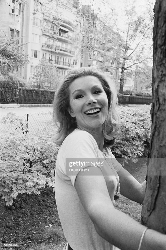 susan hampshire movies
