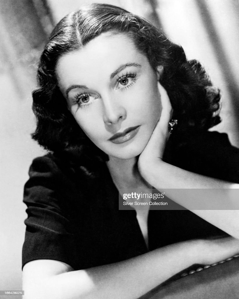 English actress <a gi-track='captionPersonalityLinkClicked' href=/galleries/search?phrase=Vivien+Leigh&family=editorial&specificpeople=203321 ng-click='$event.stopPropagation()'>Vivien Leigh</a> (1913 - 1967), circa 1945.
