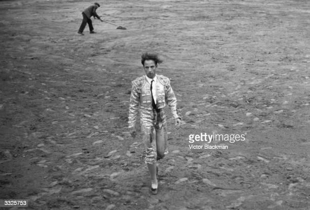 English bullfighter Henry Higgins in the bullring at Guadalajara Mexico