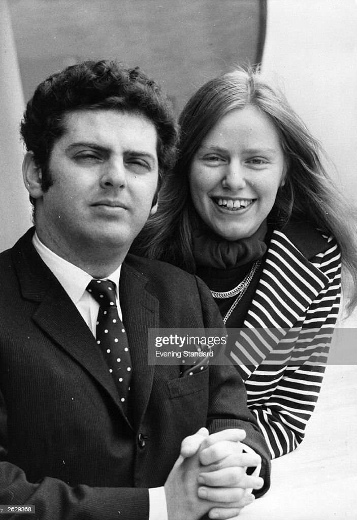 English cellist Jacqueline Du Pre (1945 - 1987) with her Argentinian-born Israeli husband, pianist and conductor <a gi-track='captionPersonalityLinkClicked' href=/galleries/search?phrase=Daniel+Barenboim&family=editorial&specificpeople=242823 ng-click='$event.stopPropagation()'>Daniel Barenboim</a>. After developing multiple sclerosis in 1972, Du Pre continued to teach for as long as she could. Original Publication: People Disc - HP0308
