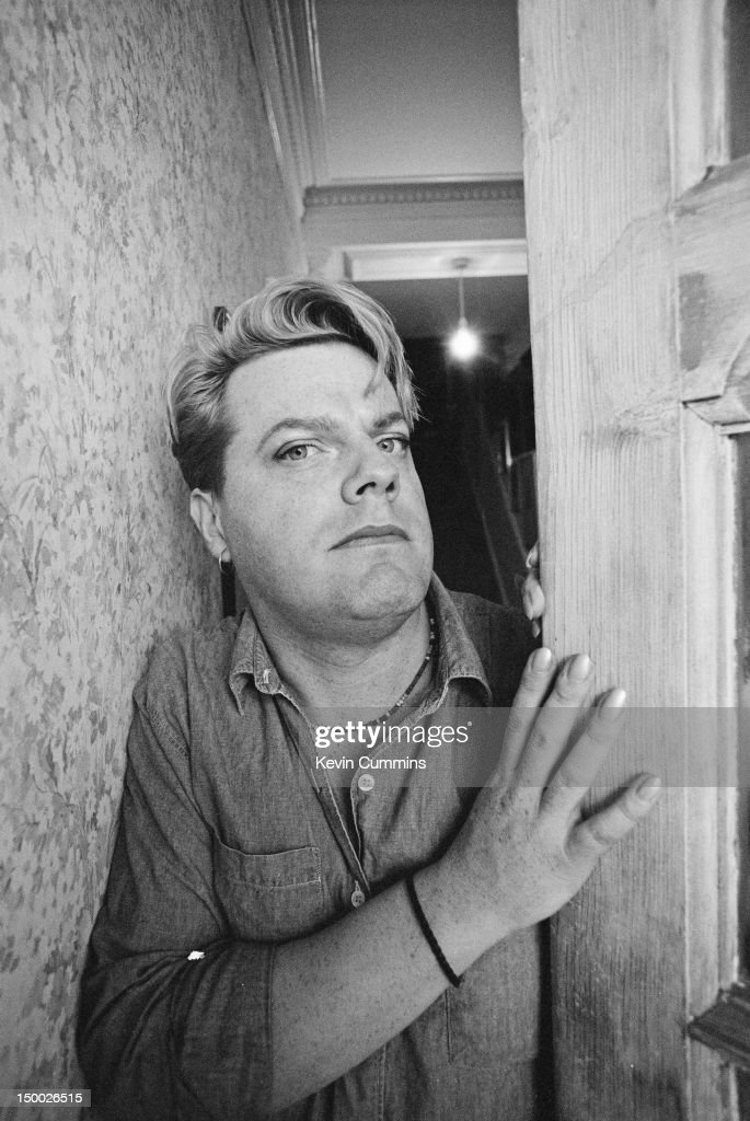 English comedian Eddie Izzard, London, October 1993.