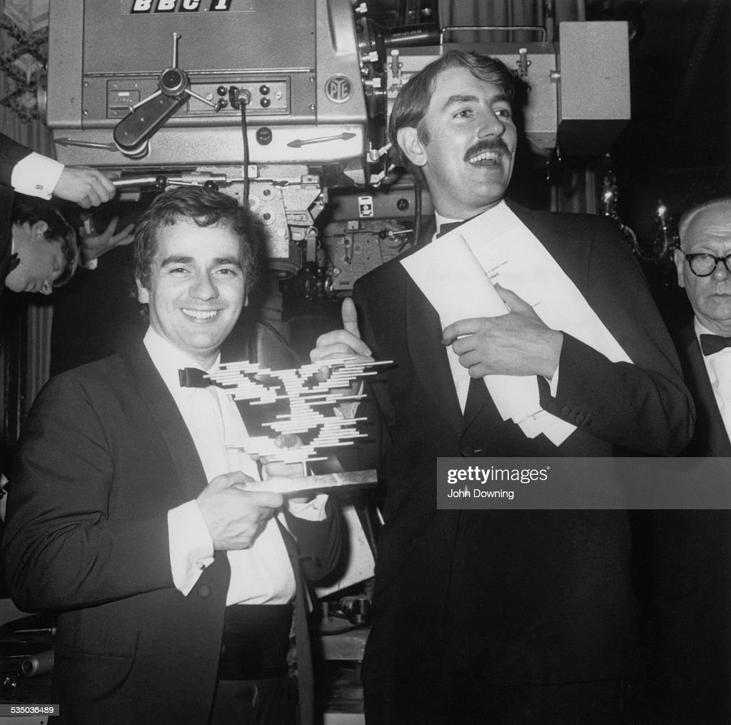 English comedy duo <a gi-track='captionPersonalityLinkClicked' href=/galleries/search?phrase=Dudley+Moore&family=editorial&specificpeople=209351 ng-click='$event.stopPropagation()'>Dudley Moore</a> (1935 - 2002, left) and <a gi-track='captionPersonalityLinkClicked' href=/galleries/search?phrase=Peter+Cook+-+Comedian&family=editorial&specificpeople=214744 ng-click='$event.stopPropagation()'>Peter Cook</a> (1937 - 1995) at the TV Producers' Guild Awards, 11th November 1965.