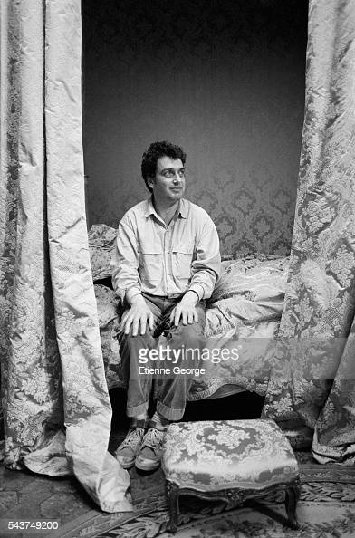 English director Stephen Frears on the set of his film 'Dangerous Liaisons' based on the Choderlos de Laclos novel by the same title