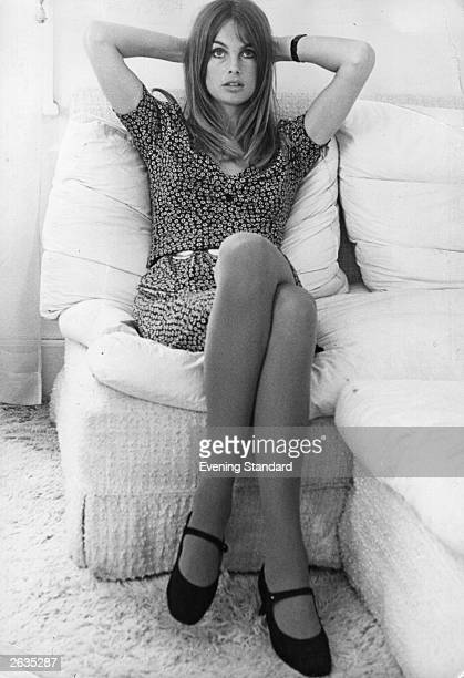 English fashion model Jean Shrimpton