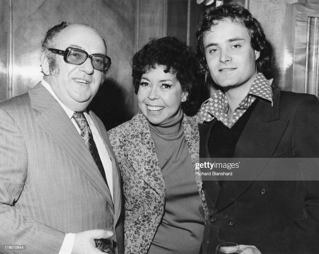 English film producer Michael Klinger (1920 - 1989) with actor Leonard Whiting (right), circa 1976. 1976 film 'Rachel's Man'.