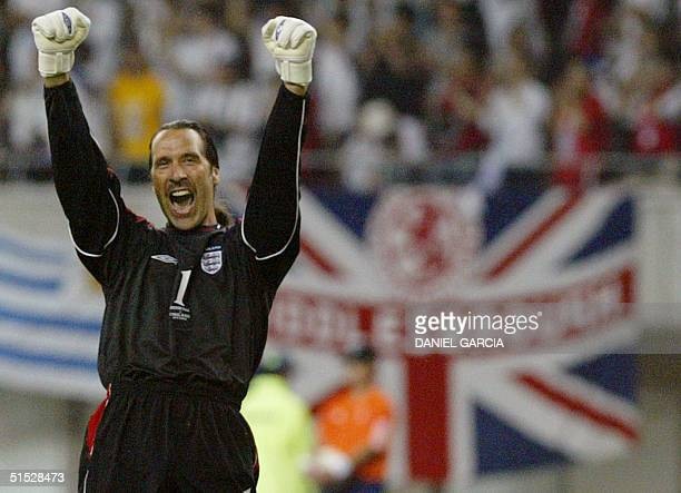 English goalkeeper David Seaman reacts during the second round match Denmark/England of the 2002 FIFA World Cup in Korea and Japan 15 June 2002 at...