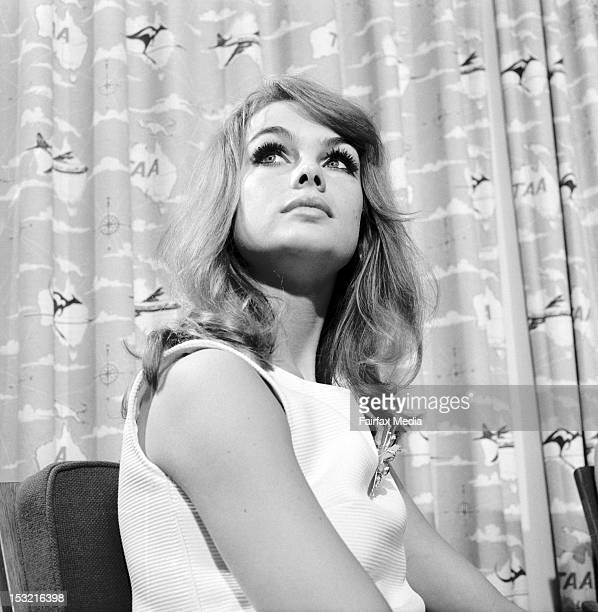 English model Jean Shrimpton attends a press conference at Essendon Airport in Melbourne October 30 1965 She flew into Melbourne with her companion...