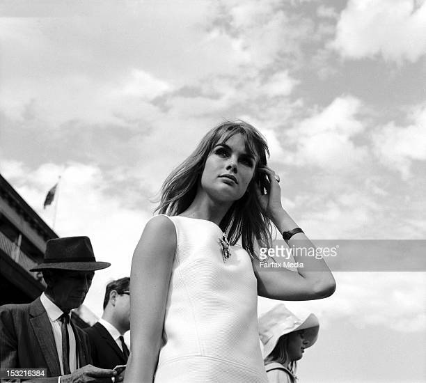 English model Jean Shrimpton attends Derby Day at Flemington Racecourse in Melbourne October 30 1965