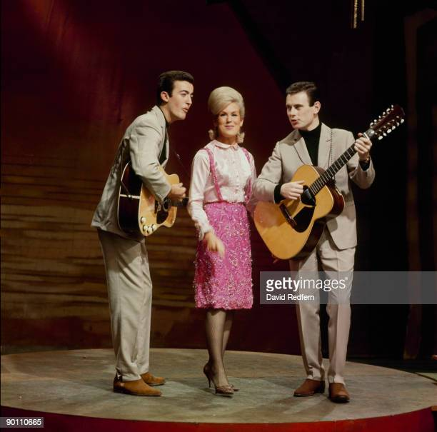 Mike Hurst Dusty Springfield and Tom Springfield of The Springfields perform on a tv show in 1963