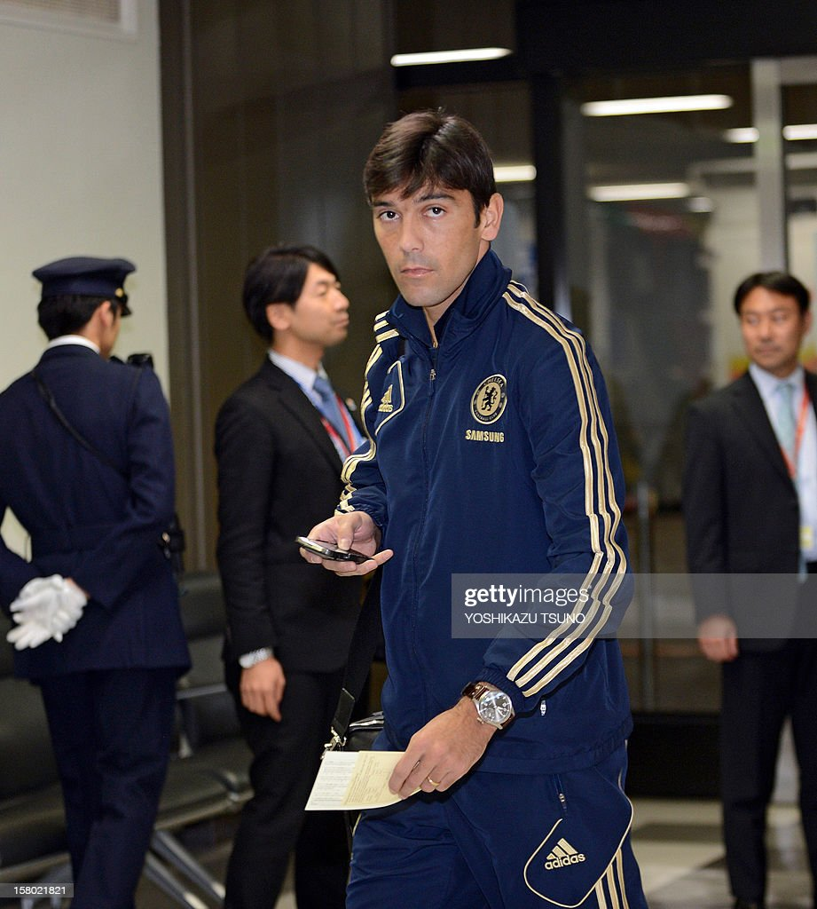 English Premier League football team Chelsea defender Paulo Ferreira arrives with the team at Narita International Airport in Narita, suburban Tokyo on December 9, 2012. Chelsea will play a semi-final match in the Club World Cup tournament in Yokohama on December 13. AFP PHOTO / Yoshikazu TSUNO