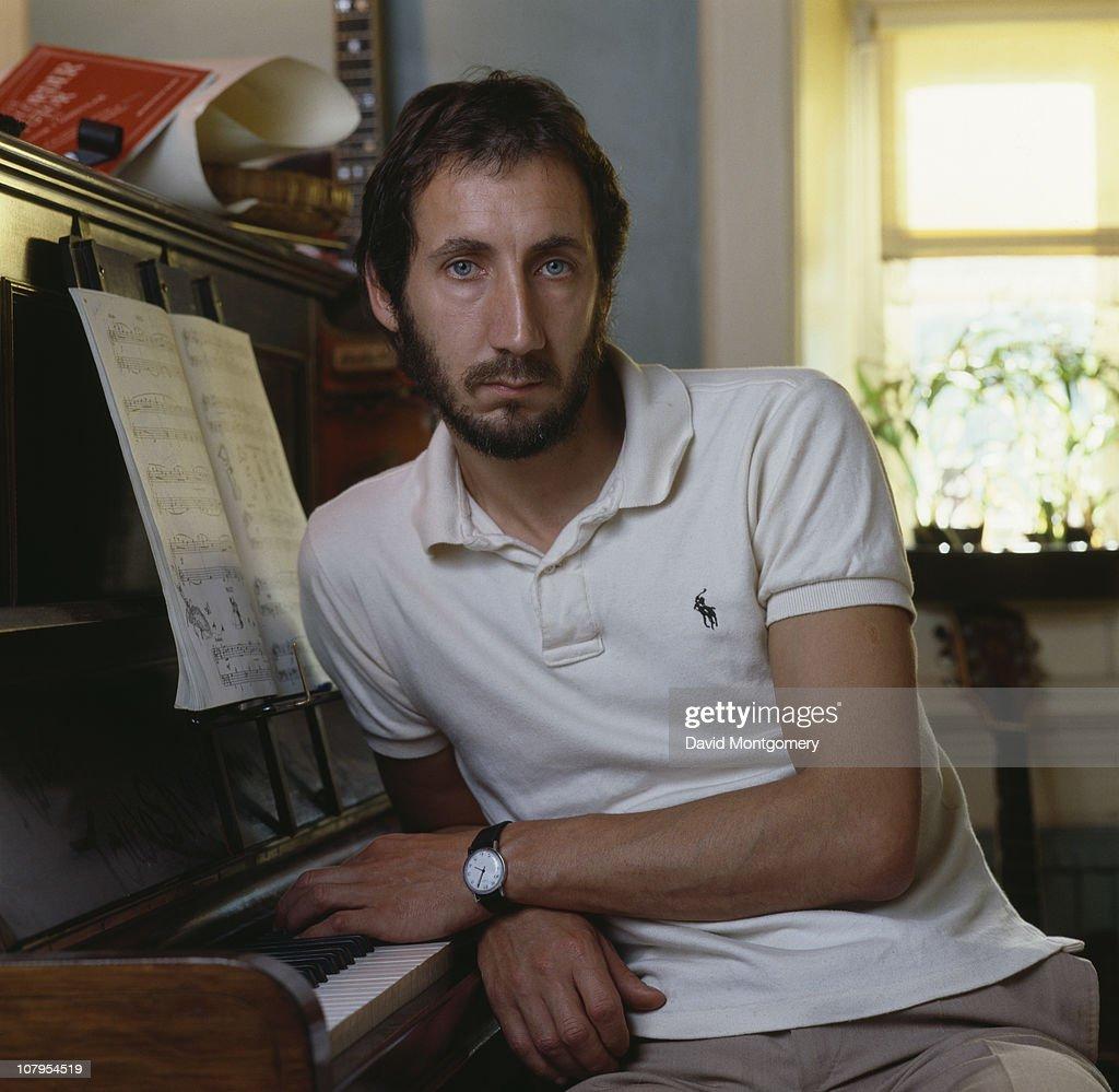 English rock guitarist Pete Townshend, circa 1980.