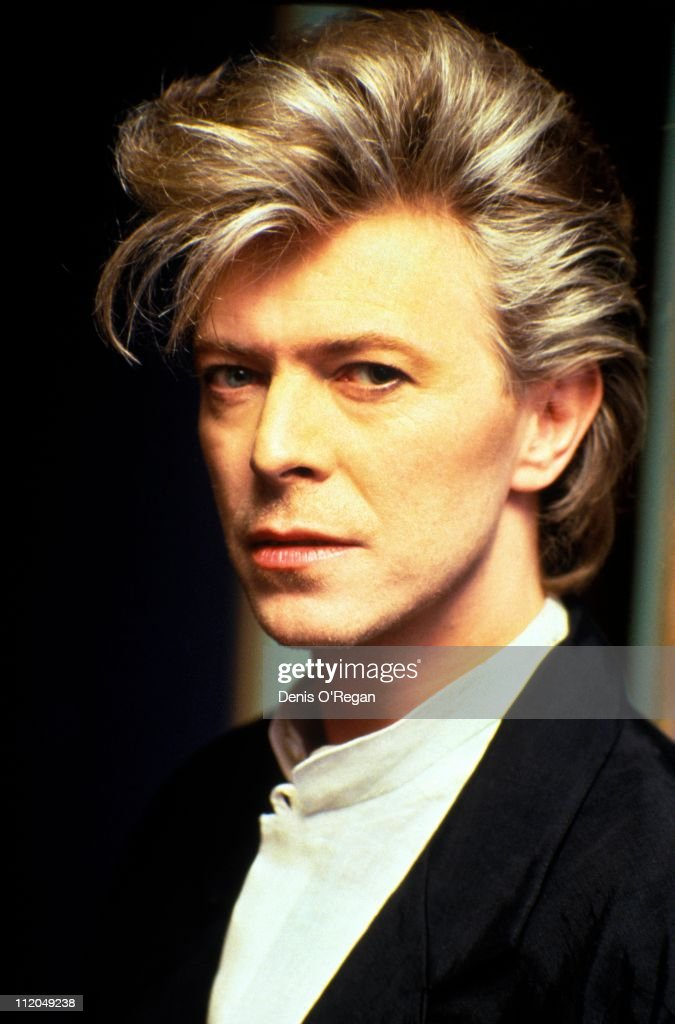 English singer <a gi-track='captionPersonalityLinkClicked' href=/galleries/search?phrase=David+Bowie&family=editorial&specificpeople=171314 ng-click='$event.stopPropagation()'>David Bowie</a> in Amsterdam, 1987.