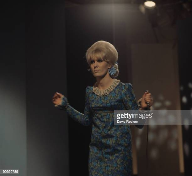 Singer Dusty Springfield performs on stage circa 1967