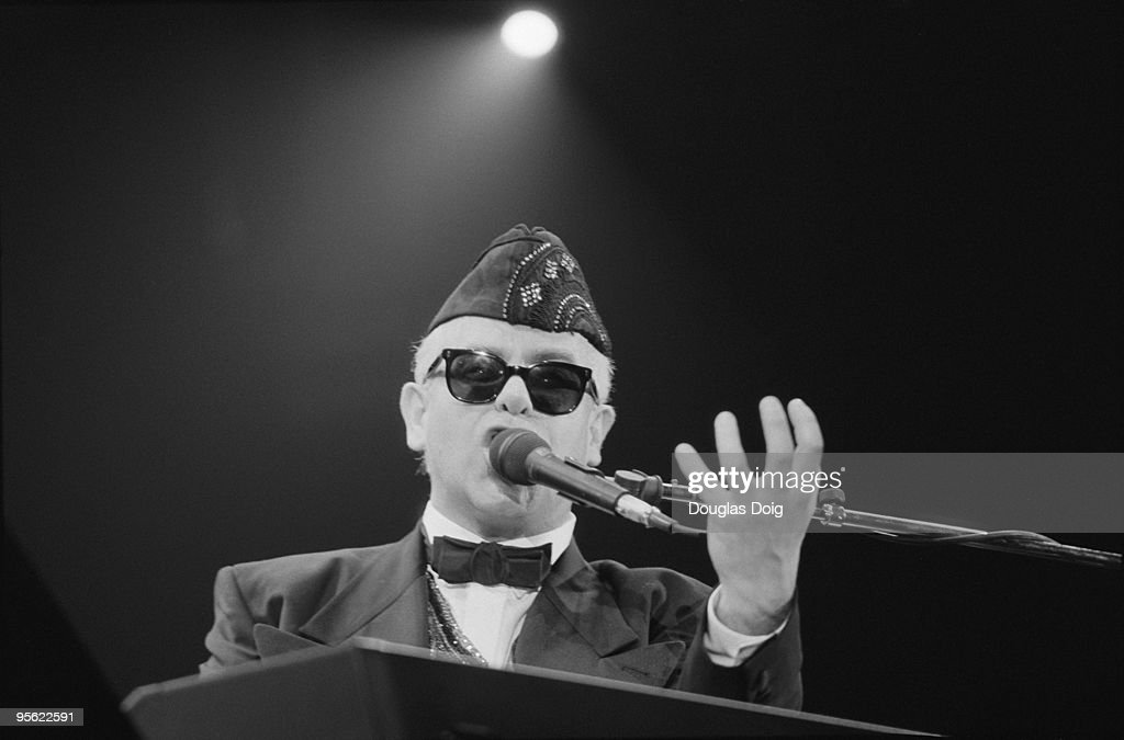 English singer <a gi-track='captionPersonalityLinkClicked' href=/galleries/search?phrase=Elton+John&family=editorial&specificpeople=171369 ng-click='$event.stopPropagation()'>Elton John</a> performing at the Palais Omnisports de Paris-Bercy, Paris, 23rd March 1989.