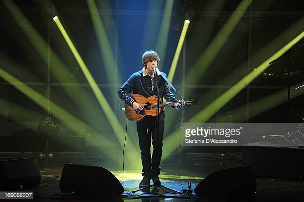 English singer Jake Edwin Kennedy aka Jake Bugg performs at 'Che Tempo Che Fa' Italian TV Show on May 19 2013 in Milan Italy