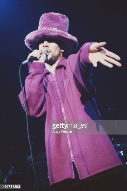 English singer Jay Kay performing with British funk and acid jazz band Jamiroquai circa 2000