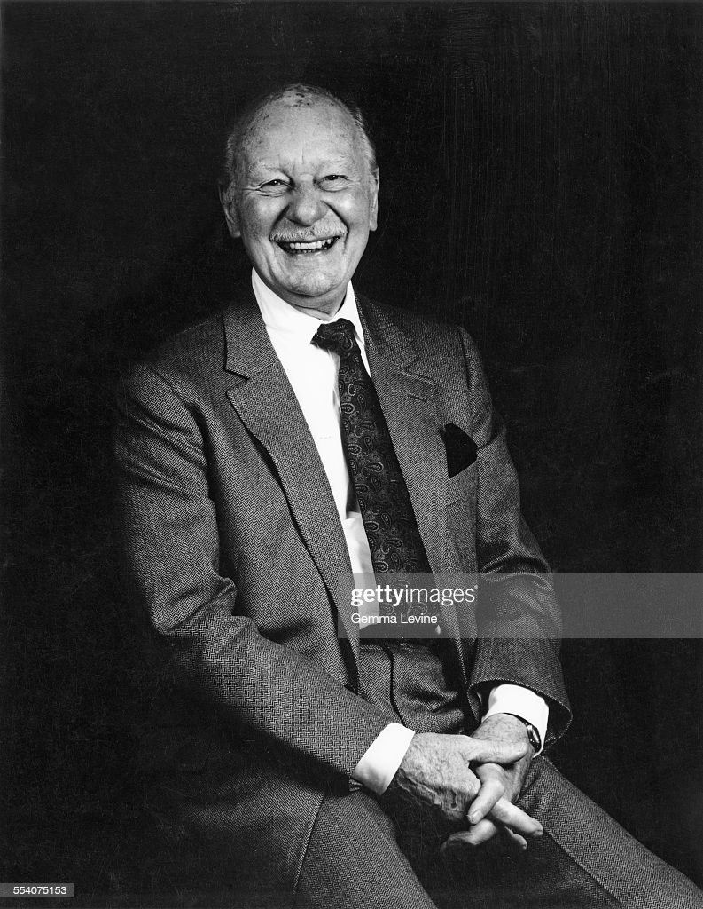 English stage and screen actor Sir John Gielgud (1904 - 2000), 1985. (Photo by Gemma Levine/Hulton Archive/Getty Images