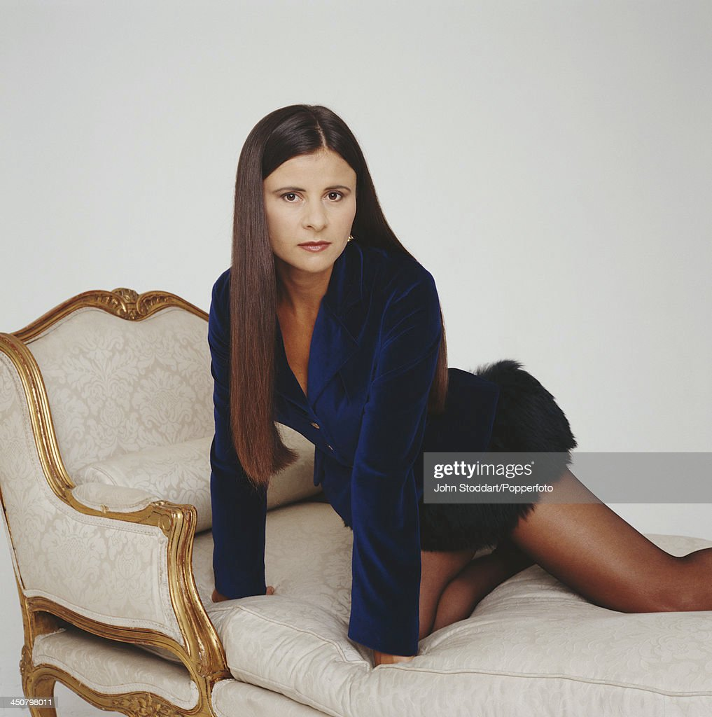 English stage and television actress, comedian, and singer Tracey Ullman, 1993.