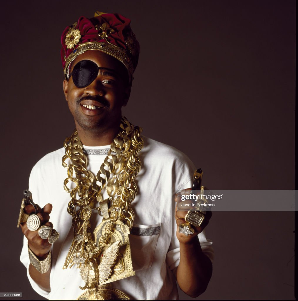 English-born Slick Rick (born Ricky Walters, 1965) smiles and shows off his jewelry, 1989. New York.