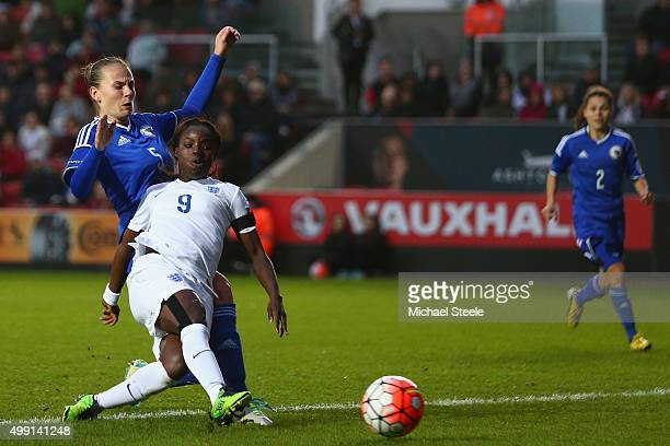 Eniola Aluko of England goes narrowly wide with a shot as Melisa Hasanbegovic of Bosnia and Herzegovina challenges during the UEFA Women's Euro 2017...