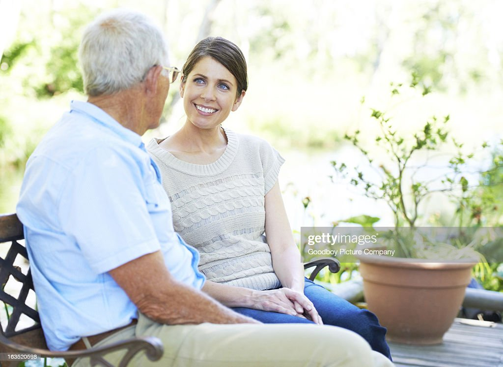 Enjoying an afternoon with dad : Stock Photo