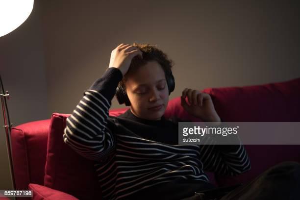 Appréciant la musique – Culture Teenage