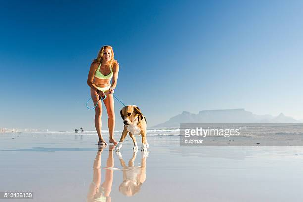 Genießen Sie den Tag am Strand mit meinem Hund