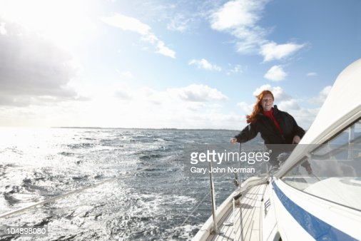 Enjoying windy sailing conditions  : Foto de stock