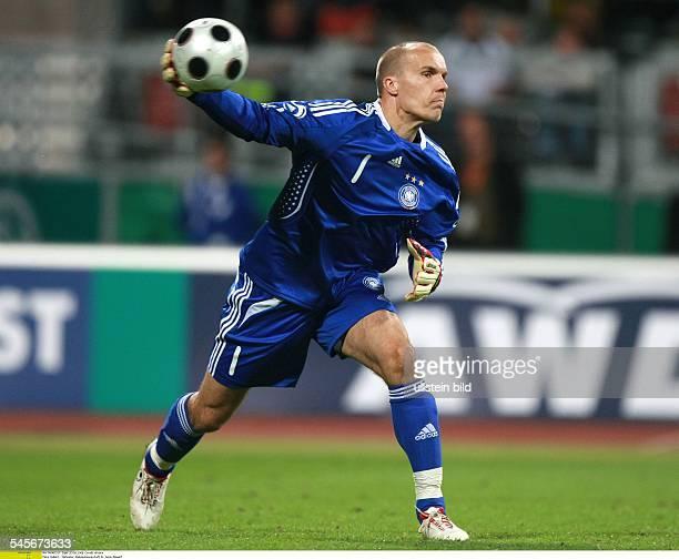 Enke Robert Goalkeeper National Team Germany throwing out the ball