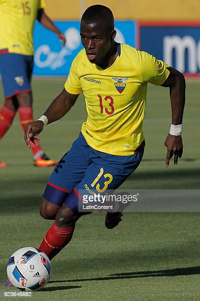 Enner Valencia of Ecuador drives the ball during a match between Ecuador and Venezuela as part of FIFA 2018 World Cup Qualifiers at Olimpico...