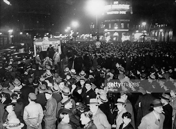 Enourmous crowds at Place de L´Opera in Paris The people are waiting for the election results Place de L´Opera Paris Photograph 5 5 1936 Photo by...